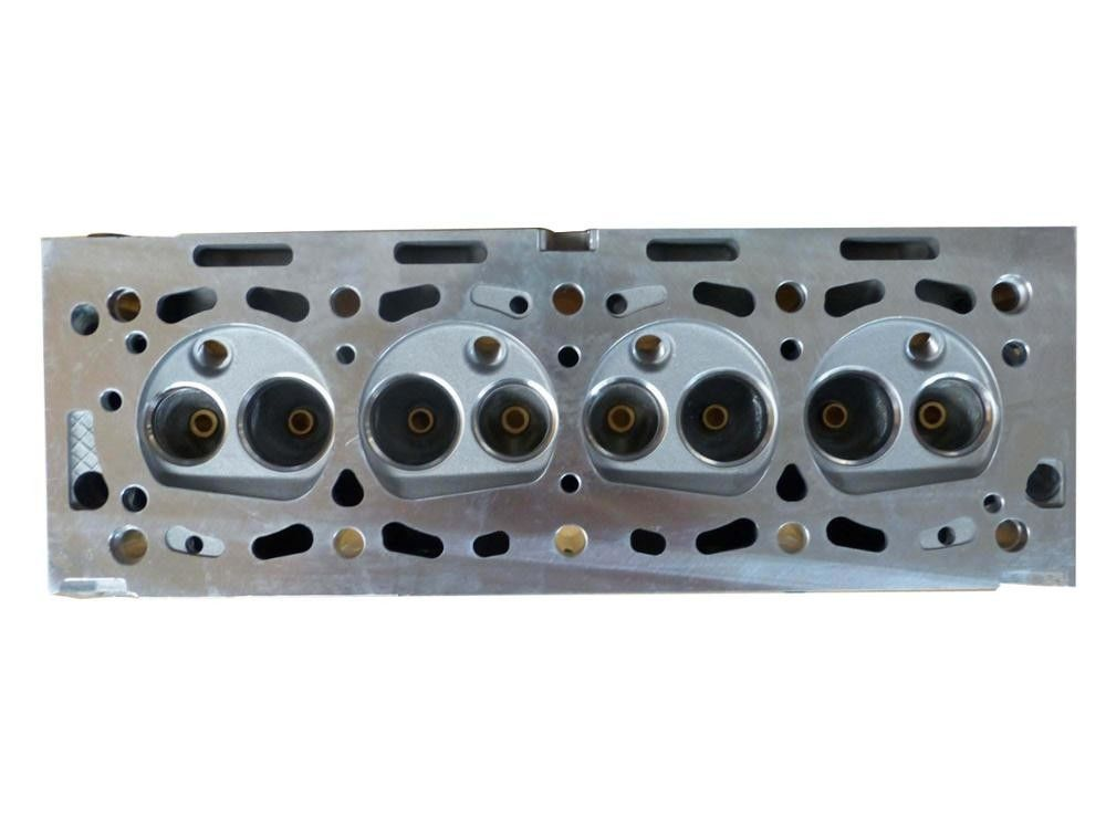 1.8 Peugeot 405 Engine Cylinder Head XUD 7 Part Number 9608434580 4 Cylinders